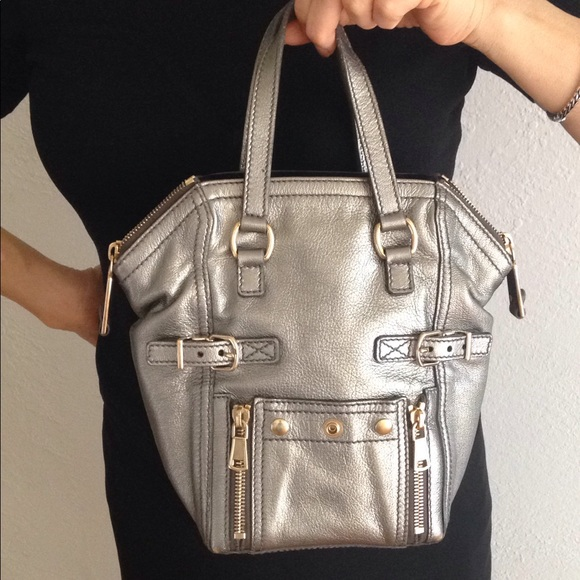 231832aabe63 YSL 💯 AUTHENTIC YSL DOWNTOWN BAG. M 5bf8587d03087c4cc58aecba